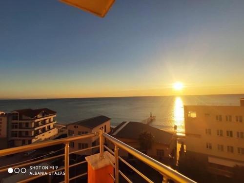 Albanien, Durres Apartment mit Blick auf den Strand zu verkaufen ID: SD-82