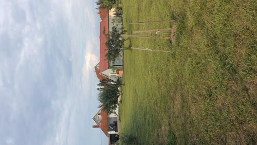 2 Häuser in Ungarn nähe Plattensee mit Pool und 3000 qm Grund