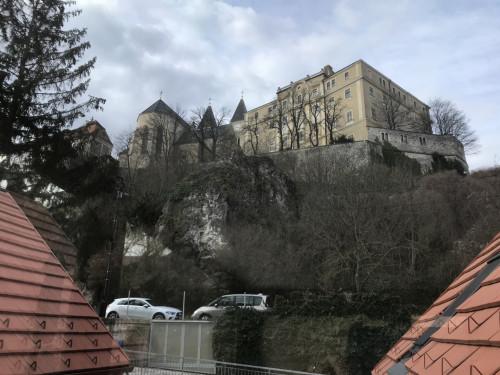 Exkluzív várpanorámás új lakás Veszprém szívében